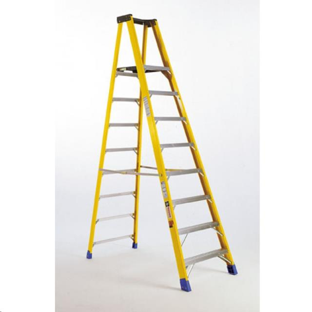 Where to find 12  STEP LADDER in Madison